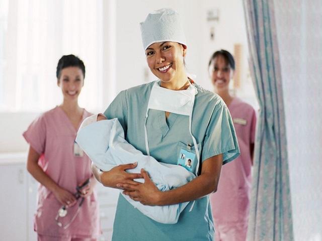 как не порваться во время родов