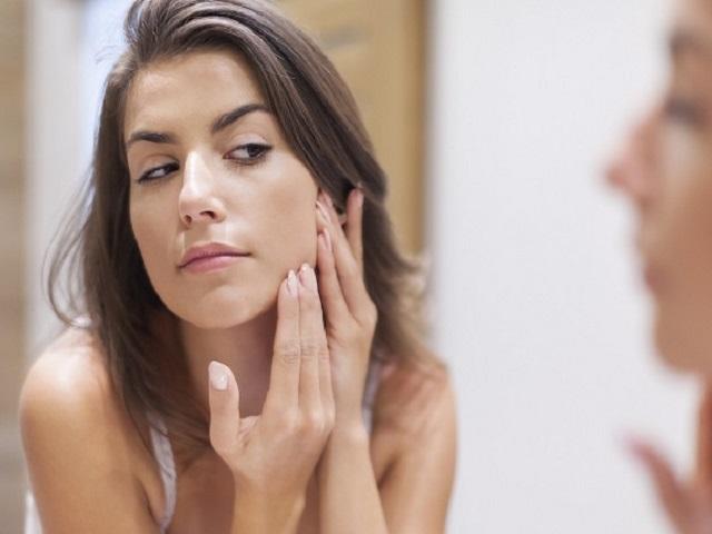 повышенный тестостерон у женщин симптомы
